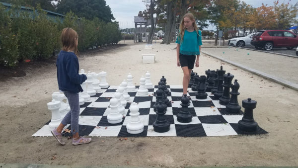 marina giant chess