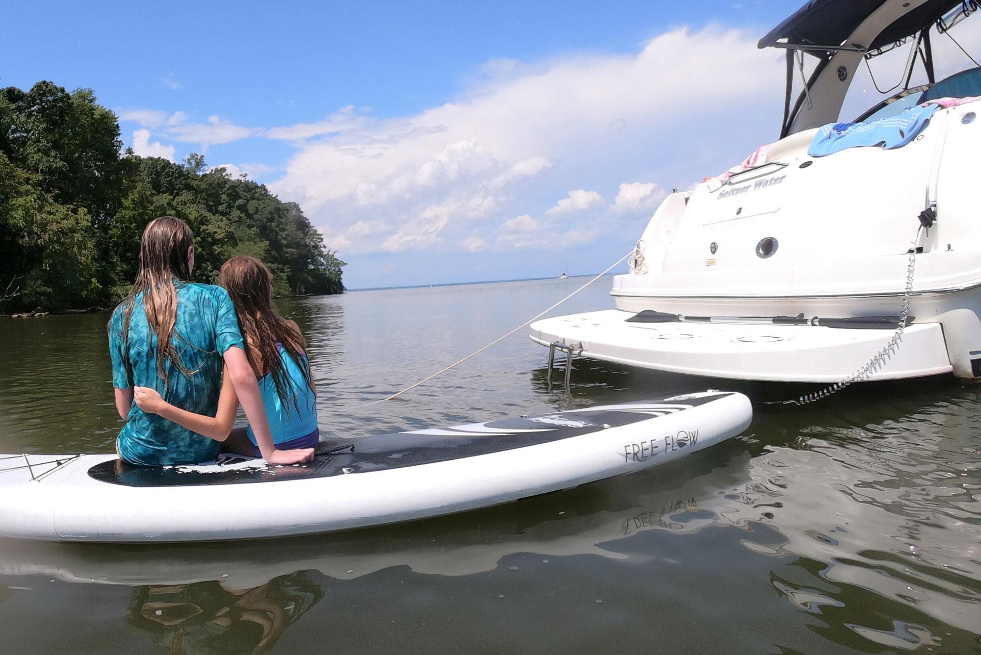 kids family boating